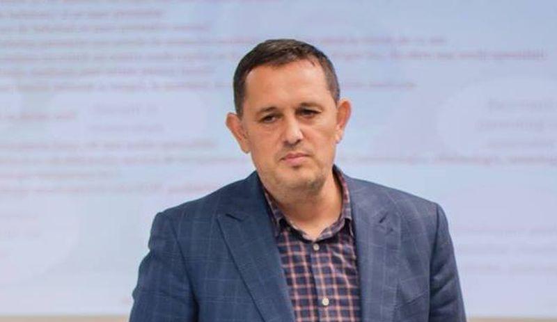 avocatul si profesorul universitar Gheorghe Piperea