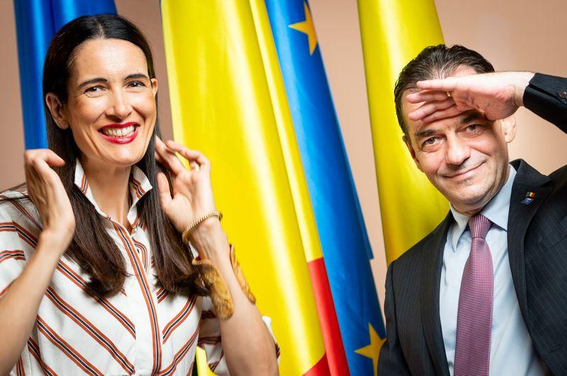 Candidata USR-PLUS Clotilde Armand (foto) va fi declarata castigatoarea alegerilor pentru functia de primar al Sectorului 1