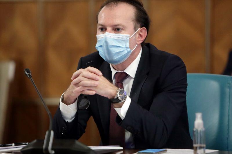 Ministrul Finantelor Florin Citu (foto) este somat sa aduca banii pe care i-ar avea in off-shore