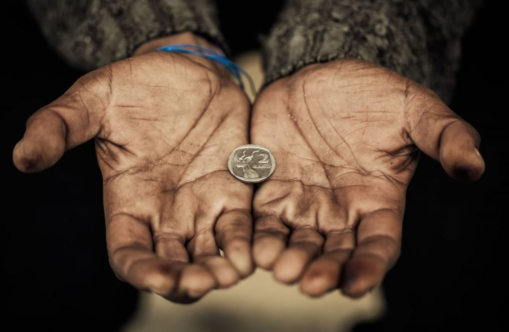 austeritate saracie ban moneda