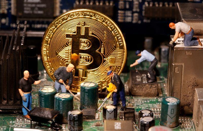 Bitcoin ajunge la o valoare record: peste 20.000 de dolari