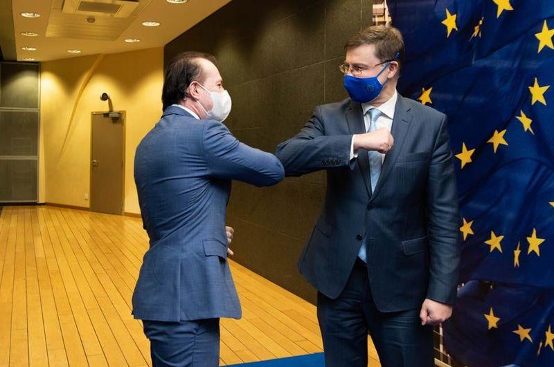 "PIB-UL ROMANIEI A FOST FALSIFICAT – Acuzatii impotriva INS: ""Grecia 2010. Asta traim"""